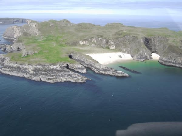 neave or comb island